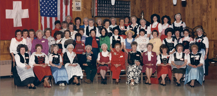 Group Picture of the 75-Year Anniversary in 1988