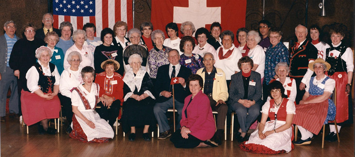 Group Picture of the 80-Year Anniversary in 1993